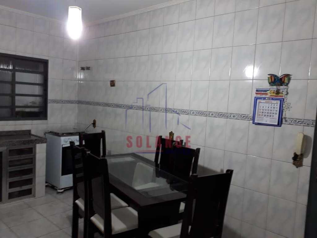Casa em Amparo, no bairro Jardim América