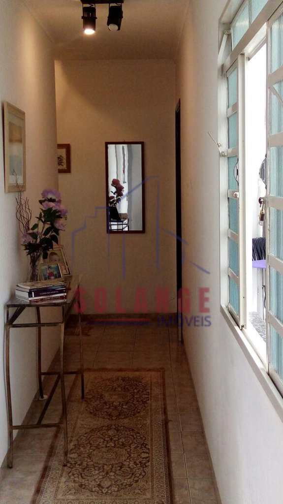 Casa em Amparo, no bairro Jardim Santana