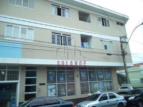 Apartamento, código 1942 em Amparo, bairro Centro