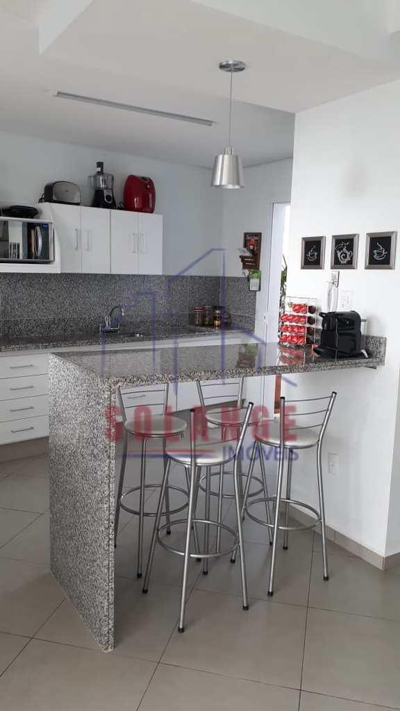 Casa em Amparo, no bairro Jardim Adélia