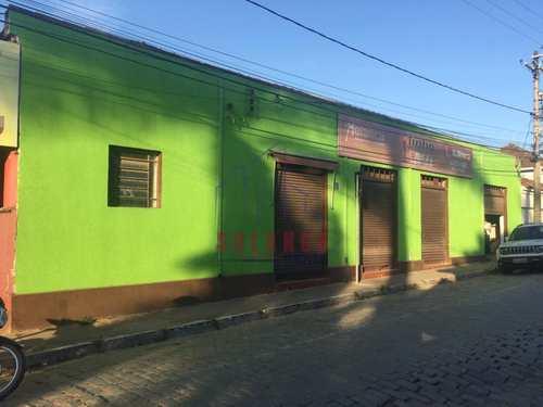 Armazém ou Barracão, código 2210 em Amparo, bairro Centro (Arcadas)