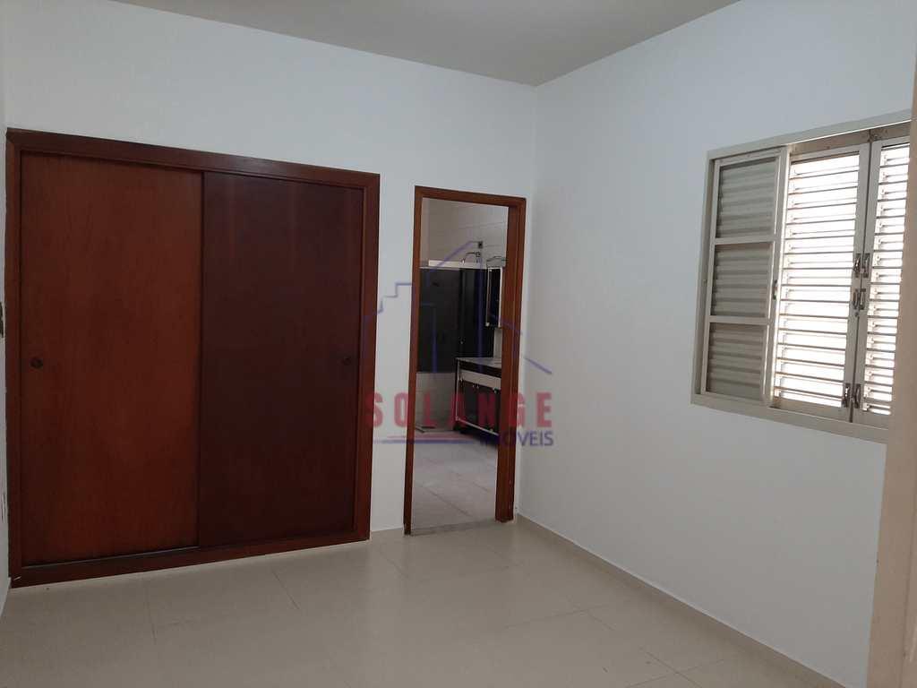 Casa em Amparo, no bairro Jardim Figueira