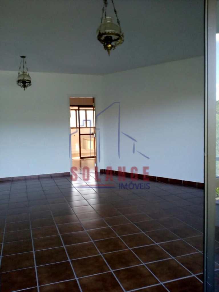 Apartamento em Serra Negra, no bairro Centro