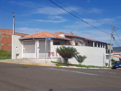 Casa, código 2255 em Amparo, bairro Parque Modelo