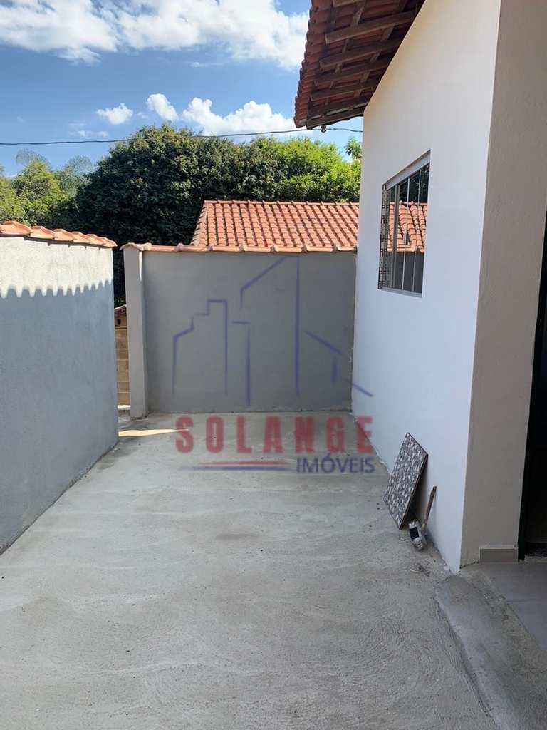 Casa em Amparo, no bairro Centro (Arcadas)