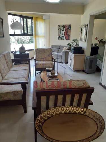 Apartamento, código 2310 em Amparo, bairro Centro