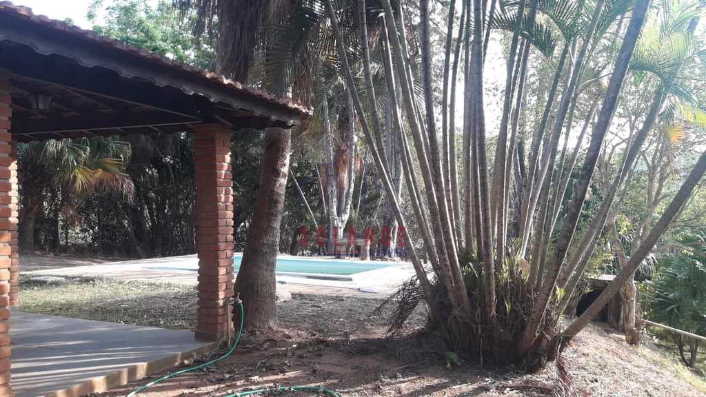 Chácara em Amparo, no bairro Estância Barreiro