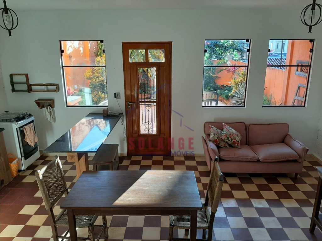 Casa em Amparo, no bairro Centro