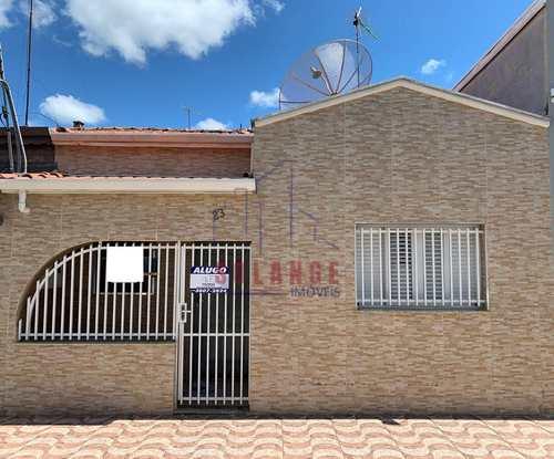 Casa, código 2395 em Amparo, bairro Centro