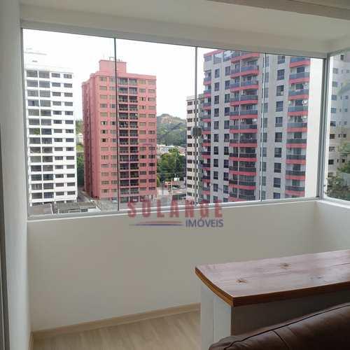 Apartamento, código 2421 em Amparo, bairro Centro