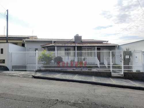 Casa, código 2480 em Amparo, bairro Jardim Silmara