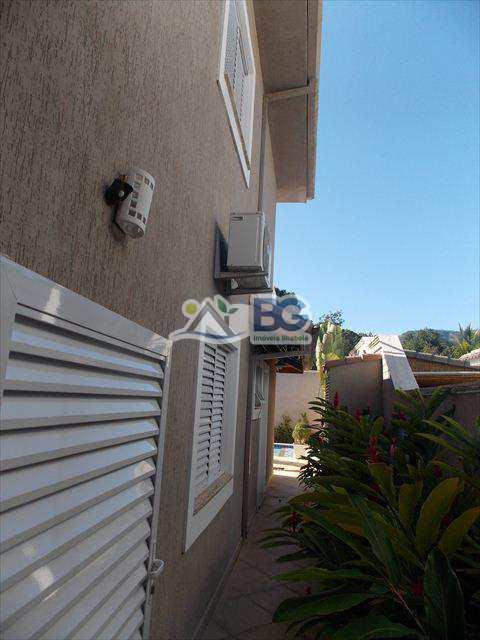 Casa de Condomínio em Ilhabela, bairro Perequê