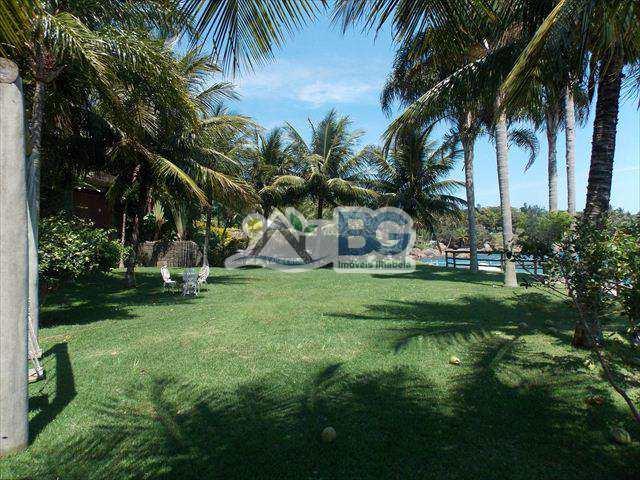 Sobrado em Ilhabela, bairro Praia Grande