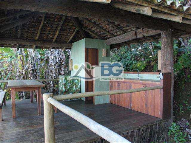 Casa em Ilhabela, bairro Borrifos