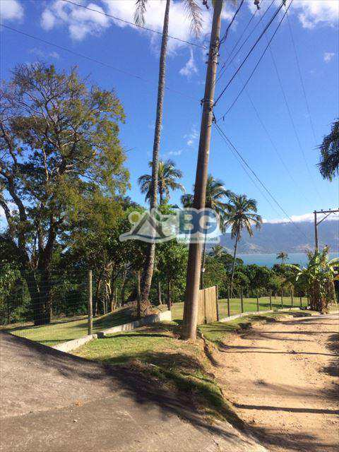 Loteamento em Ilhabela, bairro Siriuba II