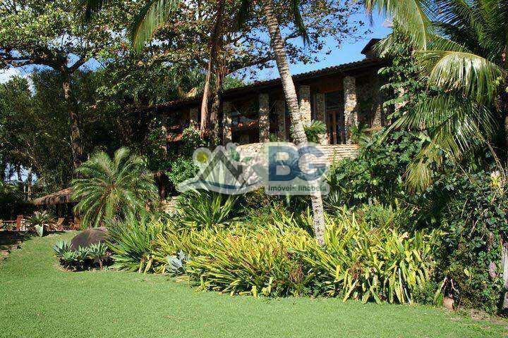 Casa em Ilhabela, bairro Praia do Curral