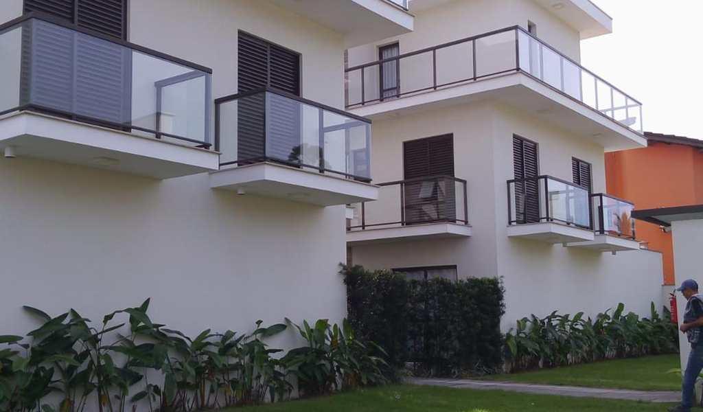 Casa de Vila em Bertioga, bairro Maitinga