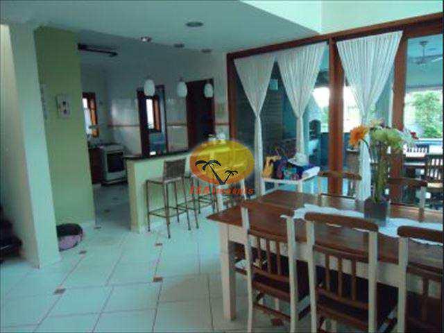 Casa de Condomínio em Bertioga, no bairro Hanga Roa