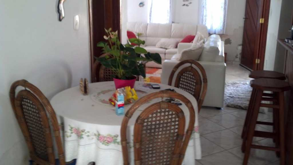 Casa em Bertioga, no bairro Vista Linda