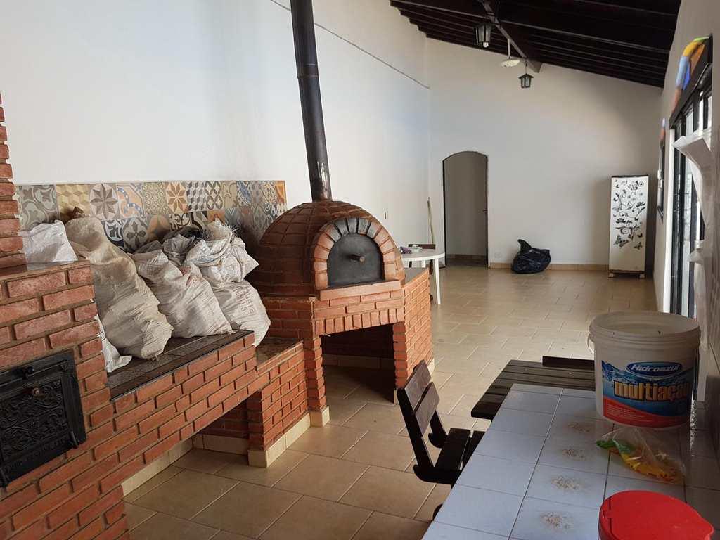 Condomínio em Itapecerica da Serra, no bairro Jardim Tereza Maria