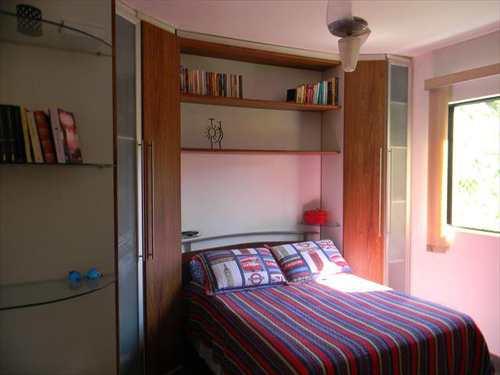 Apartamento, código 876 em Guarujá, bairro Barra Funda