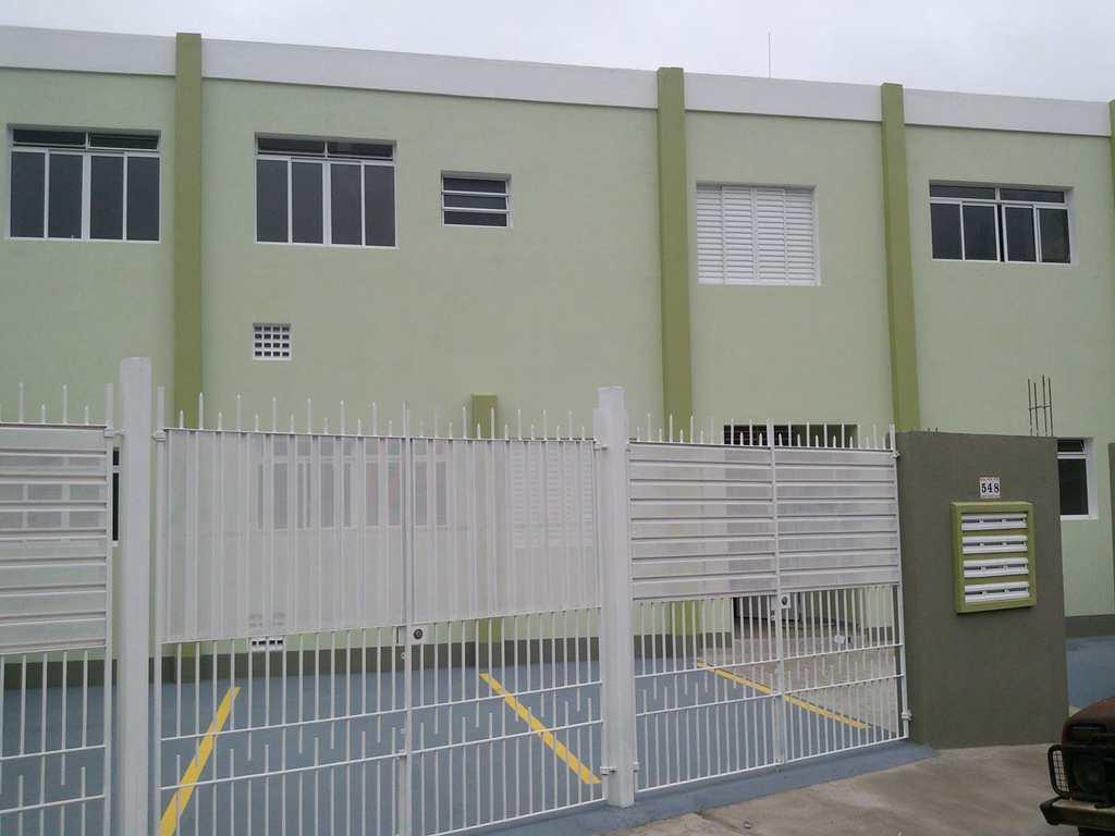 Kitnet em Itapecerica da Serra, no bairro Jardim das Palmeiras