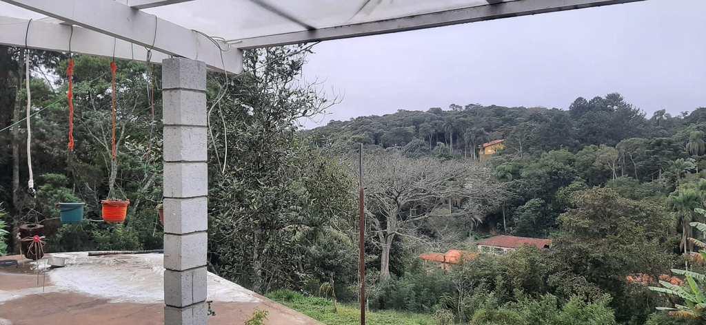 Chácara em Itapecerica da Serra, no bairro da Lagoa
