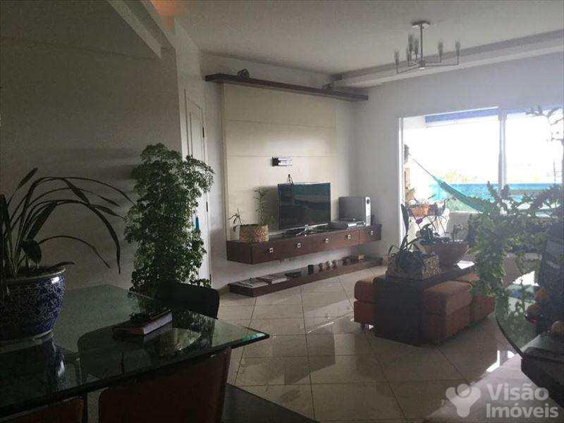 Apartamento em São José dos Campos, no bairro Bosque dos Eucaliptos