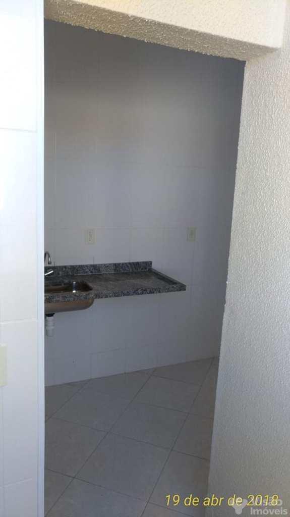 Apartamento em Pindamonhangaba, no bairro Jardim Santa Cecília