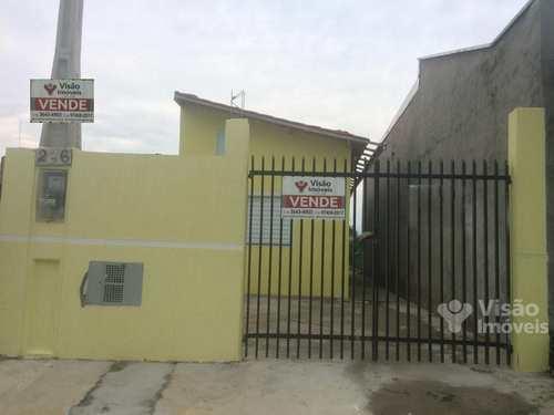 Casa, código 1920010 em Pindamonhangaba, bairro Conjunto Residencial Araretama