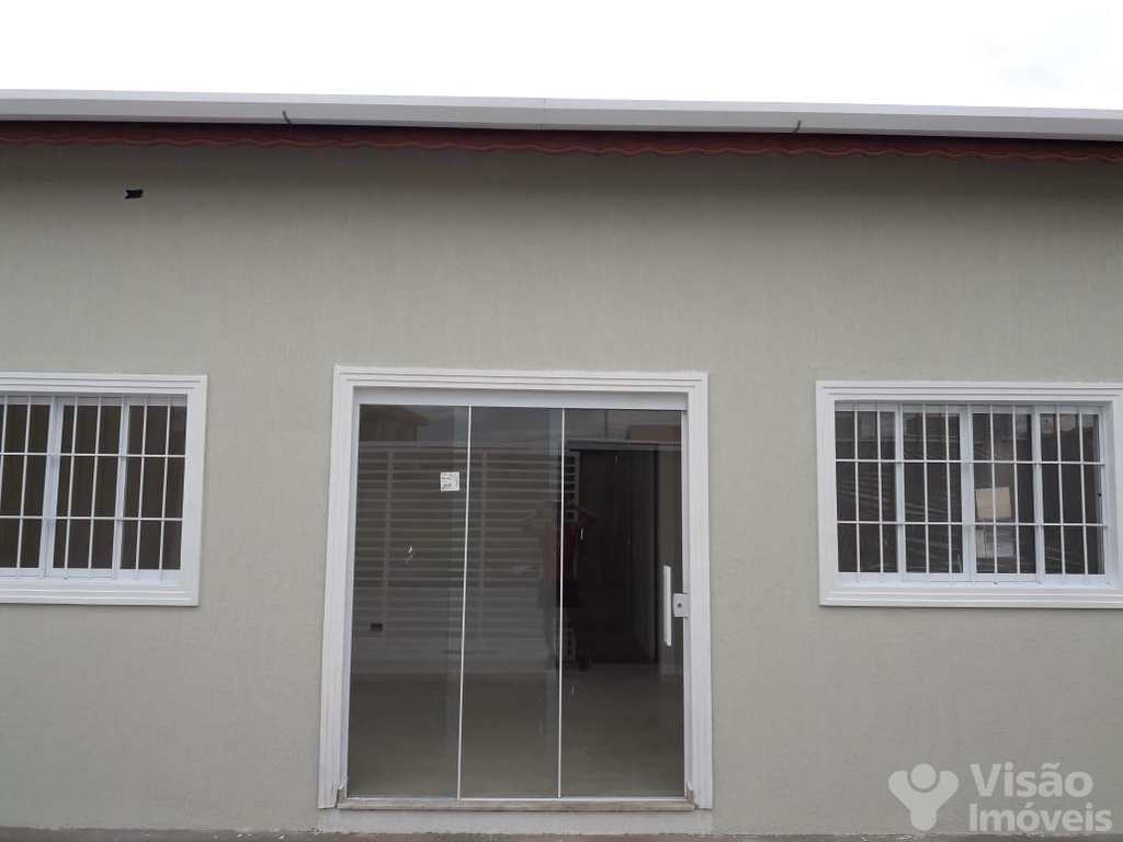 Casa em Pindamonhangaba, no bairro Moreira César