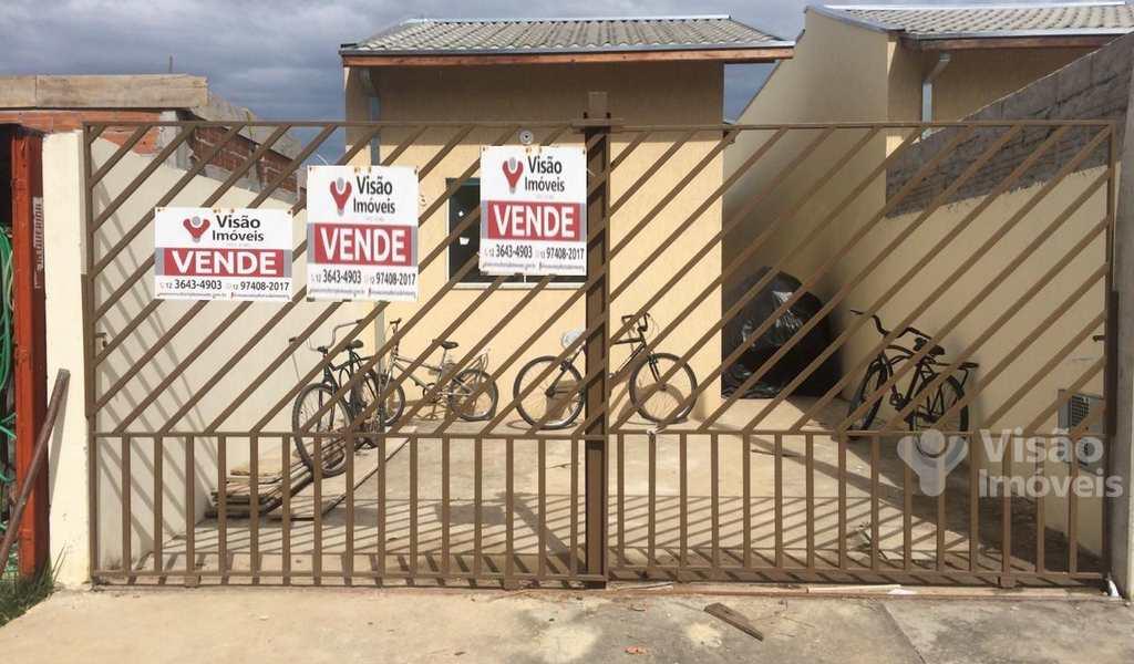 Casa em Pindamonhangaba, bairro Residencial Comercial Cidade Vista Alegre