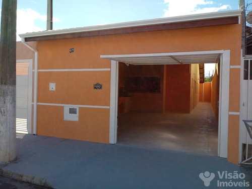 Casa, código 1920036 em Pindamonhangaba, bairro Mantiqueira