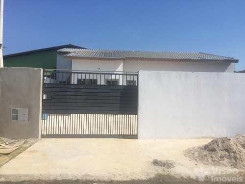 Casa, código 1920051 em Pindamonhangaba, bairro Conjunto Residencial Araretama