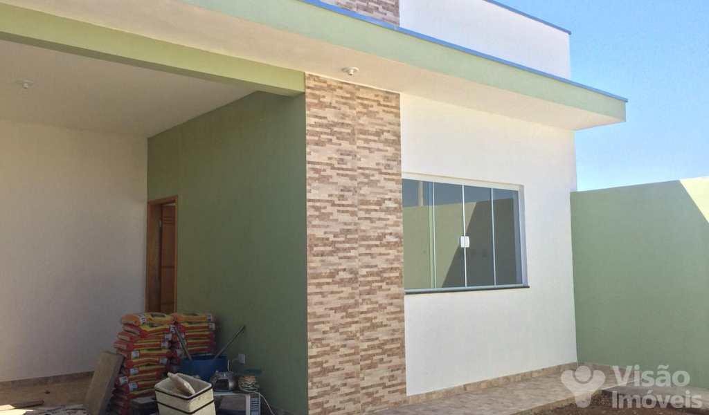 Casa em Pindamonhangaba, bairro Loteamento Residencial E Comercial Flamboyant