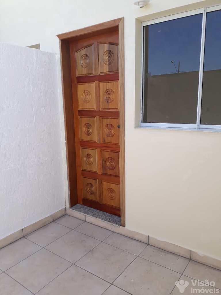 Sobrado em Pindamonhangaba, no bairro Residencial Parque das Palmeiras