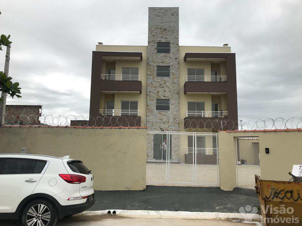 Apartamento em Pindamonhangaba, no bairro Conjunto Residencial Araretama