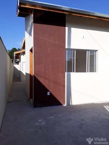 Casa, código 1920094 em Pindamonhangaba, bairro Residencial Pasin