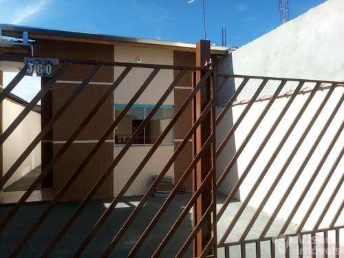 Casa, código 1920095 em Pindamonhangaba, bairro Mantiqueira