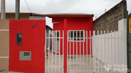Casa, código 1920125 em Pindamonhangaba, bairro Conjunto Residencial Araretama