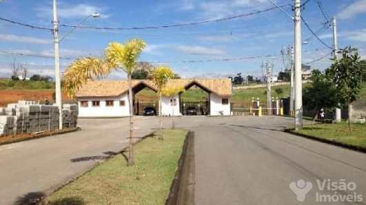 Terreno de Condomínio em Pindamonhangaba, no bairro Borba