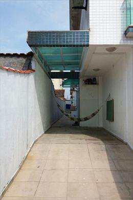 Casa em São Vicente, bairro Jardim Guassu