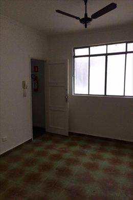 Apartamento, código 2755 em Santos, bairro Marapé