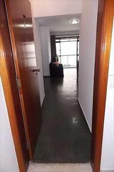 Apartamento, código 2651 em São Vicente, bairro Itararé