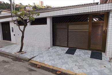 Casa em São Vicente, bairro Itararé