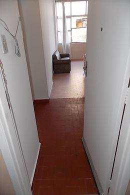 Apartamento, código 2555 em São Vicente, bairro Itararé