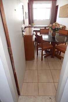 Apartamento, código 2524 em Santos, bairro José Menino