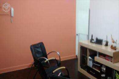 Apartamento, código 2346 em Santos, bairro Embaré