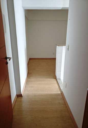 Apartamento, código 2295 em Santos, bairro José Menino