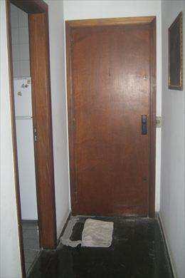 Apartamento, código 2240 em São Vicente, bairro Itararé
